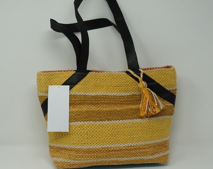 Beutiful hand made Kilim Hobo handbag / bohemian handbag kilim handbag