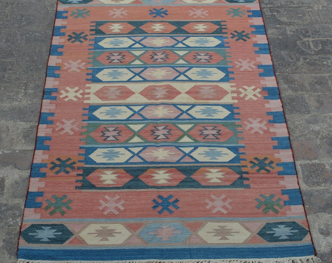 Vintage Stunning handwoven tribal Afghan hazara Ghalmori kilim / Traditional kuchi kilim decorative Turkish kilim