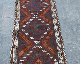Stunning vintage Afghan nomadic suzani handwoven kilim runner / decorative kilim nomadic kilim runner