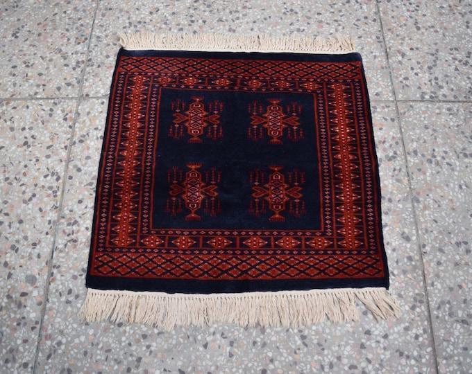 2'6 x 2'7 afghan wool rug - kitchen rug - accent piece rug - free shipping - afghan tribal rug