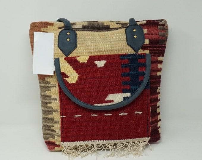 Stunning handmade kilim handbag with front pocket/ Bohemian style Boho handbag kilim handbag