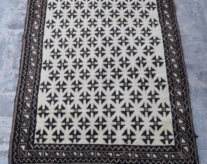 Black and white Afghan handmade baluch rug 3'6 x 5'4 ft.