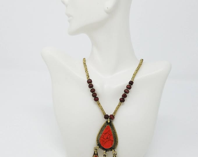 Coral crashed stone Kuchi necklace pendant