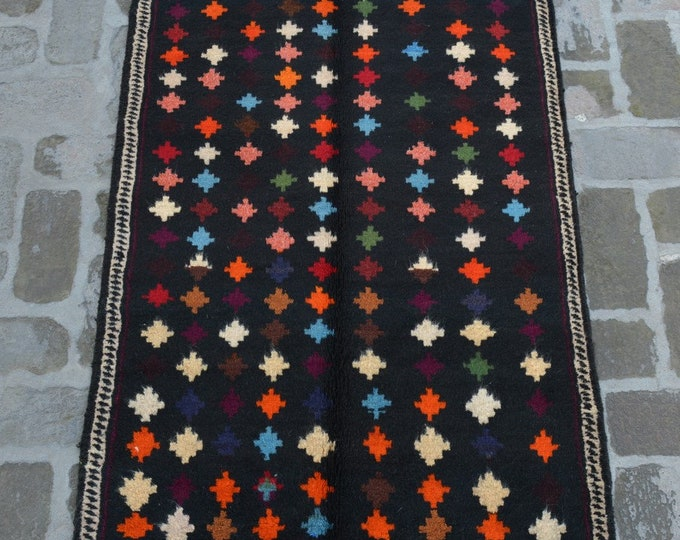 92 x 131 cm. Soft wool hand made modern rug/ Free Shipping