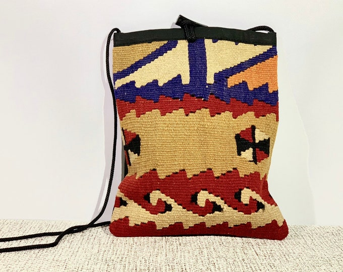 Boho Messenger Bag Women Crossbody Bag Kilim Bag/ turkish handmade kilim bag