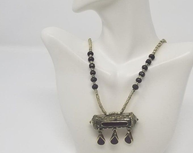 Beautiful vintage Afghan kuchi brown pendant necklace/ gypsy Ethnic jewelry/ Afghan jewelry , Gypsy style jewelry Boho style