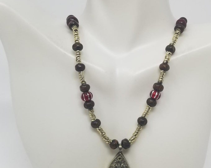 Beautiful vintage afghan fish style pendant necklace / Afghan jewelry