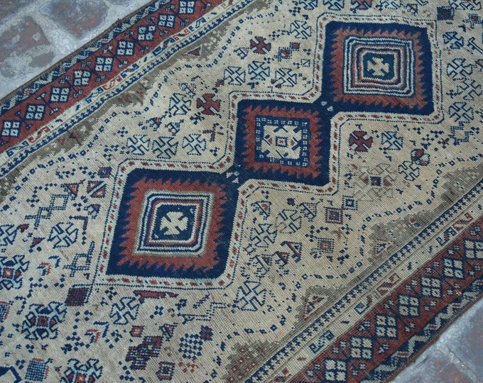 COLLECTORS' ITEM Antique Floral Pattern zanjiri Vase Design Tribal carpet/ Decorative rug Caucasian traditional rug