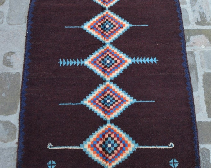 89 x 139 cm. Soft wool hand made modern rug/ Free Shipping