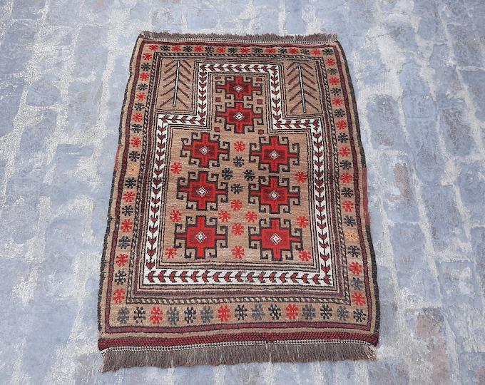 Beautiful Handmade Tribal Prayer rug  - Free Shipping - 80 x 114