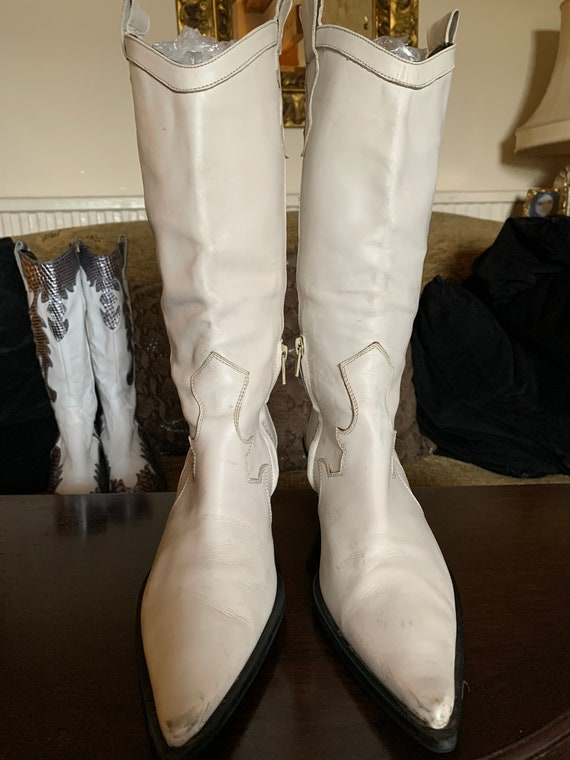 Vintage White Leather Cowgirl, Cowboy Boots - image 1