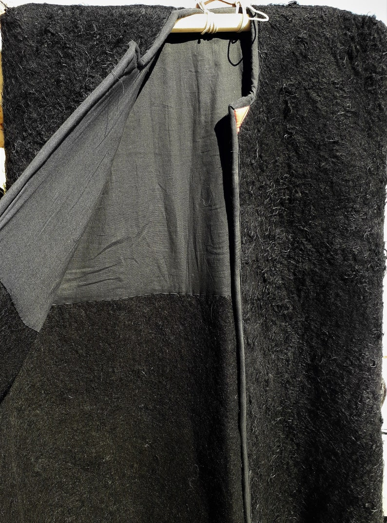 Hand felted long cape Raw wool military cloack Authentic caucasian felt overcoat Sheep wool cover up Traditional cossack woollen burka