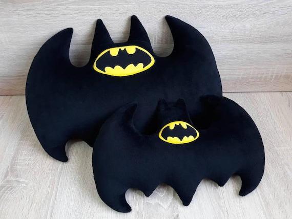 Amigurumi | como hacer a Batman en crochet | Bibi Crochet - YouTube | 428x570