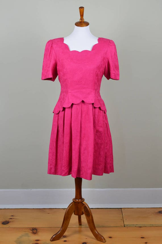 Hot Pink Party Dress // Vintage 1980s // Size 6 Si