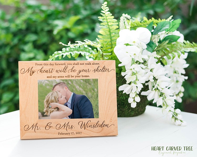Wedding Day Gift For Wife: Wedding Gift For Husband, Wife, Spouse On Wedding Day