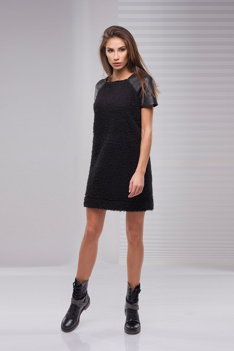 online store 91fe9 7e4b7 Schwarzes Kleid, kurzes Kleid, extravagante schwarze, Sexy schwarzen Kleid,  Eco-Leder-Kleid, Plus Size Kleidung, Oversized Kleid, Plus Size Kleid
