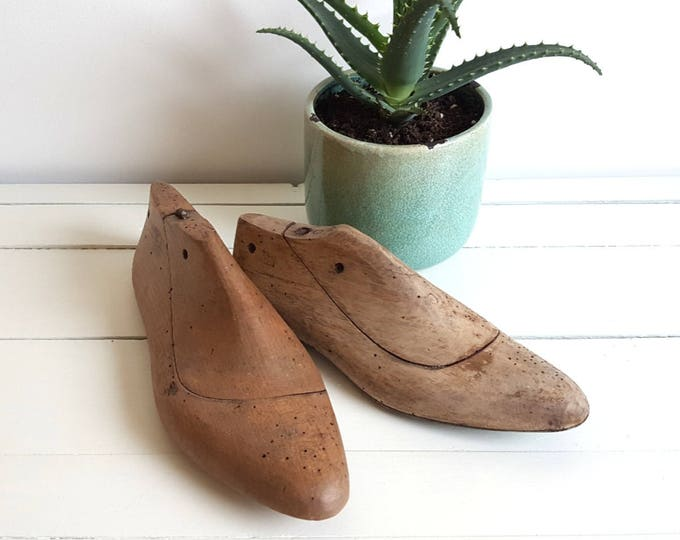 Vintage wooden shoemakers mold * vintage wood decor * vintage shoemakers tools * rustic decoration