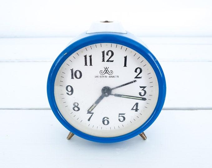 Vintage alarm clocks Hema • retro alarm clock red green silver white • retro home accessories • old fashioned alarm clock