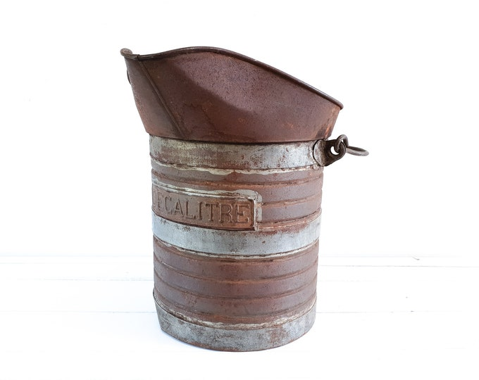 Antique French bucket with handle Decalitre • vintage industrial metal bucket • old measuring jug • French farmhouse antiques