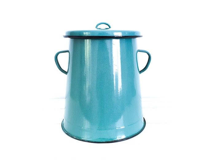 Vintage enamel lard pot with lid • old enamel lard container • old grease pot • vintage enamel kitchenware • petrol enamel