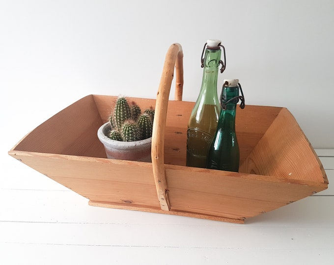 Old french wooden harvest basket