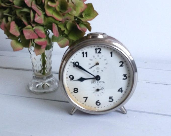 Vintage alarm clock 'Selecta' * old timepiece * vintage home decoration * industrial clock * farmhouse decor