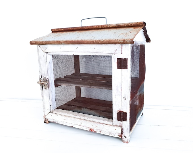 French vintage kitchen cabinet • small vintage furniture • vintage french country cabinet • vintage food storing cupboard • farmhouse