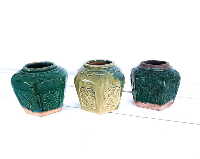 Vintage turquoise green ginger jar • antique chinese ginger pots • botanical home decor • green glazed earthenware • ceramic vases flowerpot