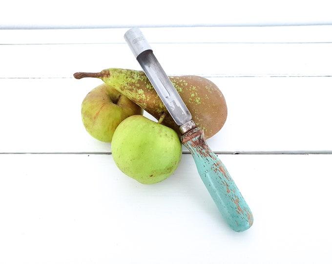 Vintage fruit corer • farmhouse kitchen decor • kitchen gadget • vintage apple core remover • french country antiques