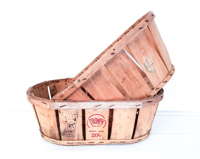 Vintage split wood harvest basket • oval fruit basket • fruit picking basket • intage french grape harvest basket • country farmhouse decor