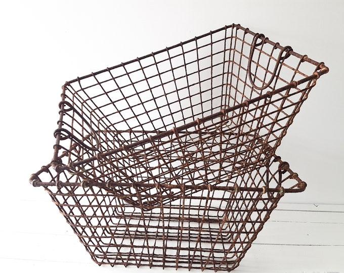 Vintage French metal wire mussel basket
