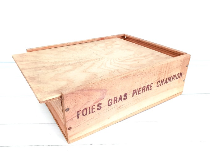 Tough old wooden box Foies gras Pierre Champion • wooden storage box with lid • wooden crate • French vintage home decor • study decoration