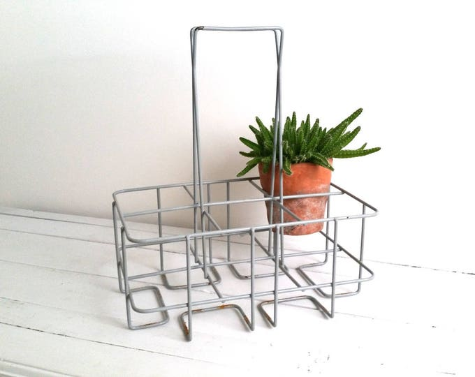 Great vintage industrial plasticized metal gray bottle rack