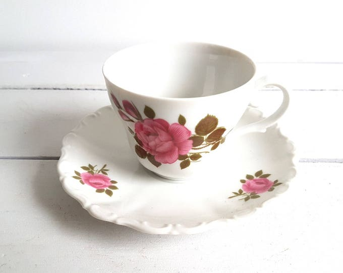 Vintage tea cup and saucer 'rose'