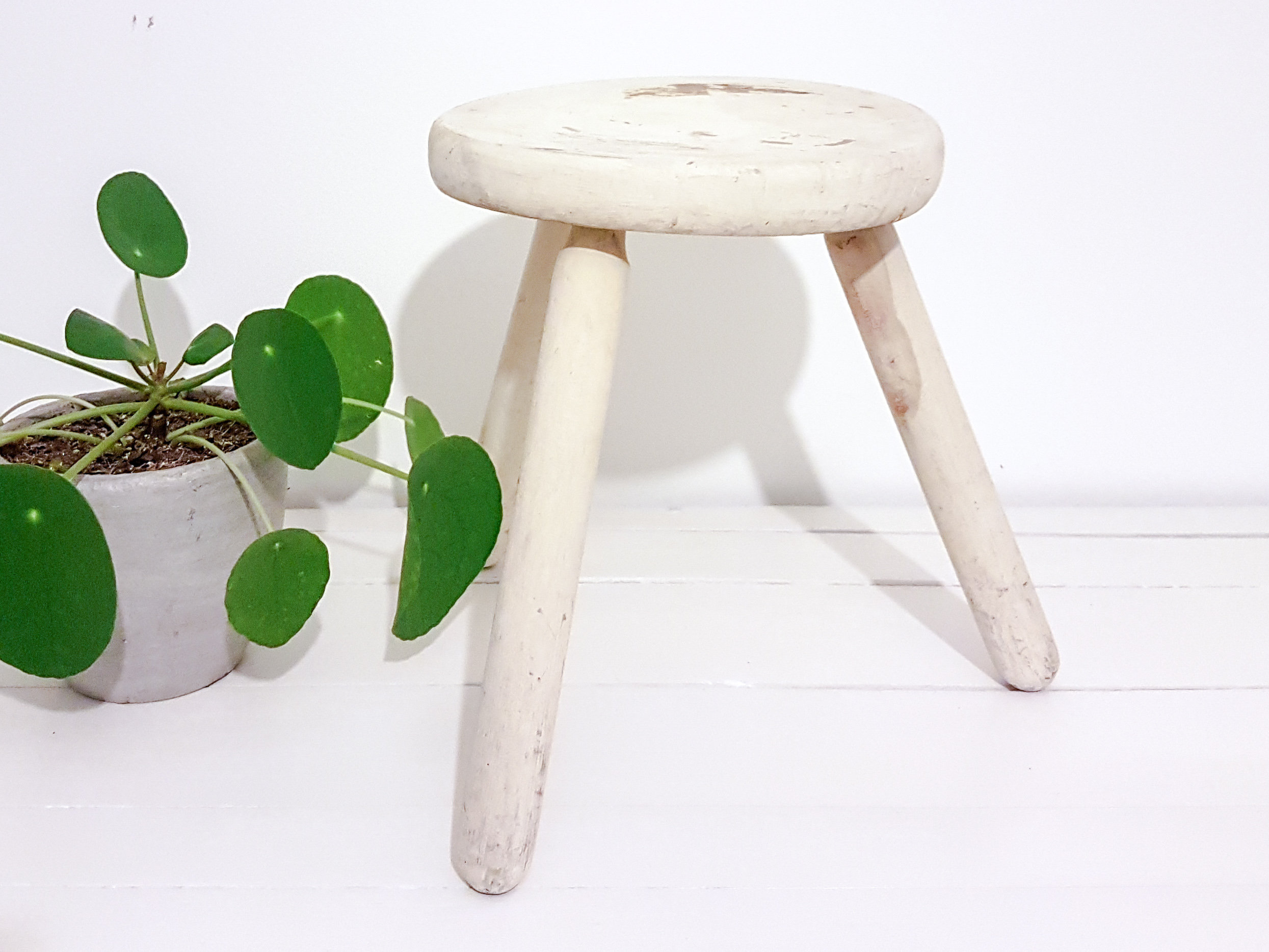 Incredible Vintage Wood Round Milk Stool Small Vintage Furniture Plant Ocoug Best Dining Table And Chair Ideas Images Ocougorg