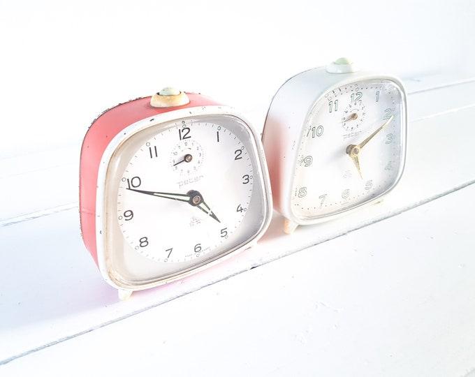 Vintage alarm clock Peter • old alarm clocks • classic retro alarm clock red white • home decoration • old clock
