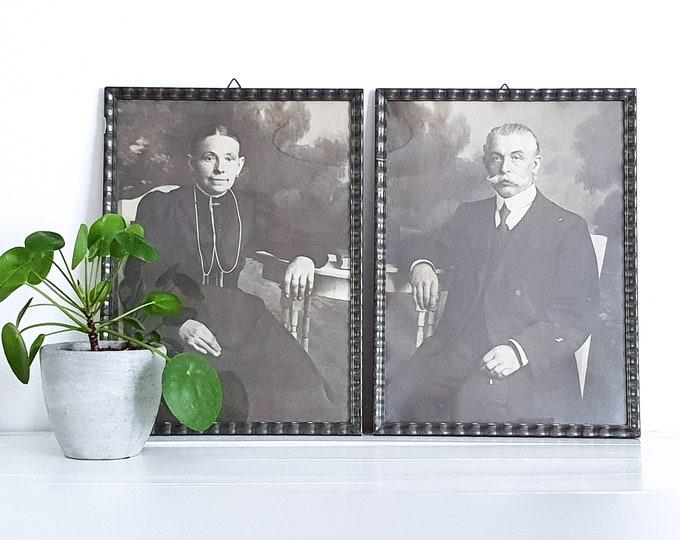 Vintage black and white photography framed (set) • old black and white portraits • vintage wall decoration • black and white portraits