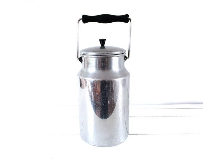 Vintage Dutch aluminum milk can with lid • rustic farmhouse kitchen decoration • milk container • milk jug • decorative flower vase