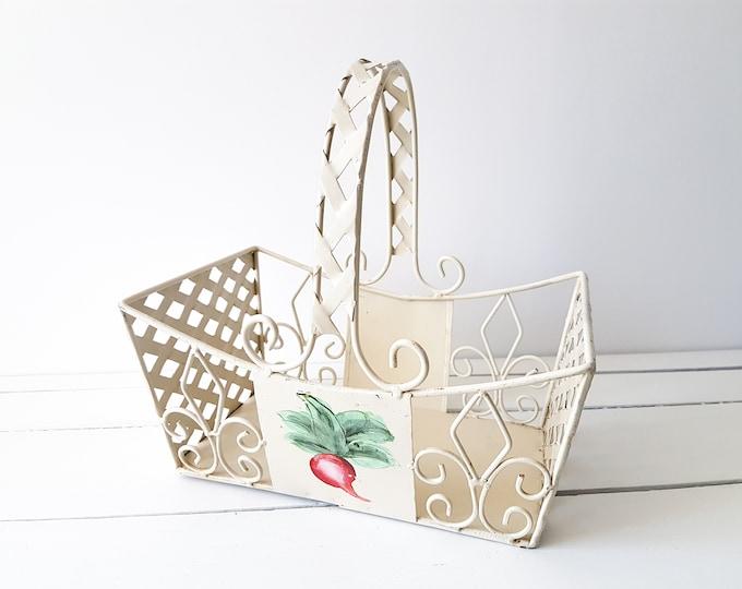 Vintage metal harvest basket 'Radish' * vintage storage basket * fruit basket with handle * chabby chic * farmhouse decor