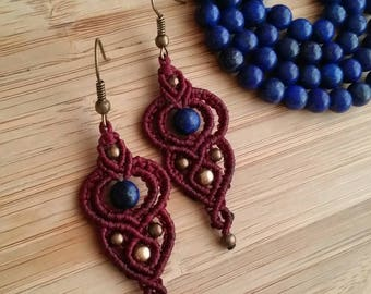 Macrame earrings with lapis lazuli stone