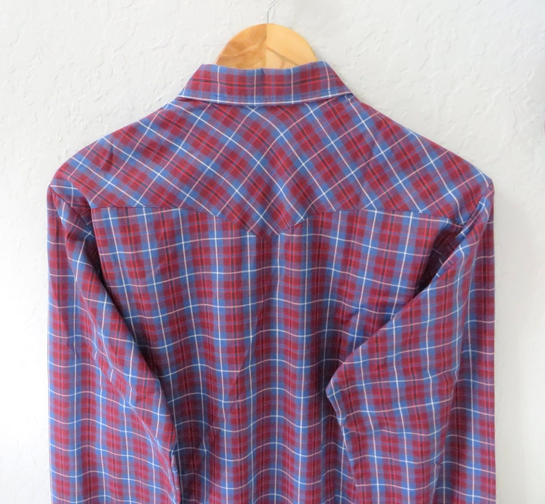 Blue Brick Red White Plaid Blue Snap Buttons Curved Hem 80s Western WRANGLER Tall Man Cowboy Shirt Size M Chest 44 Made in USA