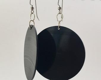 Vinyl Earrings Upcycled from Vinyl Record