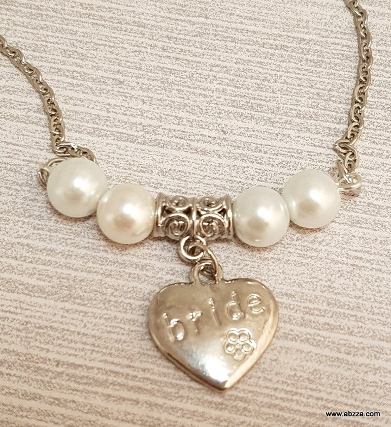 Bride necklace with white Faux Pearls