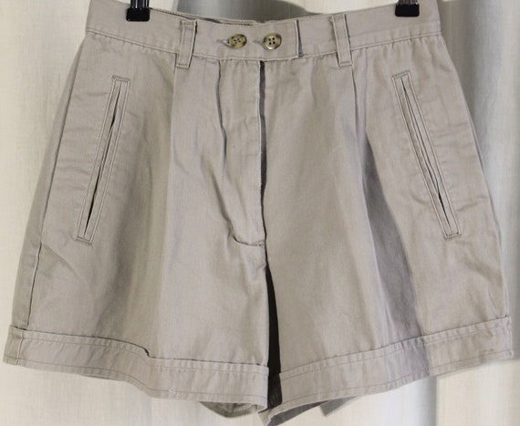 1990s high-waisted pleated shorts, styled to 1940s