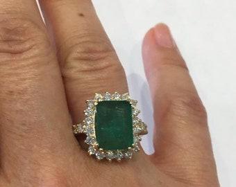 a5e076b7ea0db Vintage emerald ring | Etsy