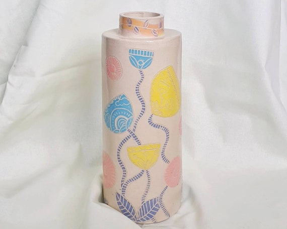 Ceramic vase, sgraffito carving, pastel, colourfull floral pattern, hand painted and carved, slab built stoneware ceramic, curved form
