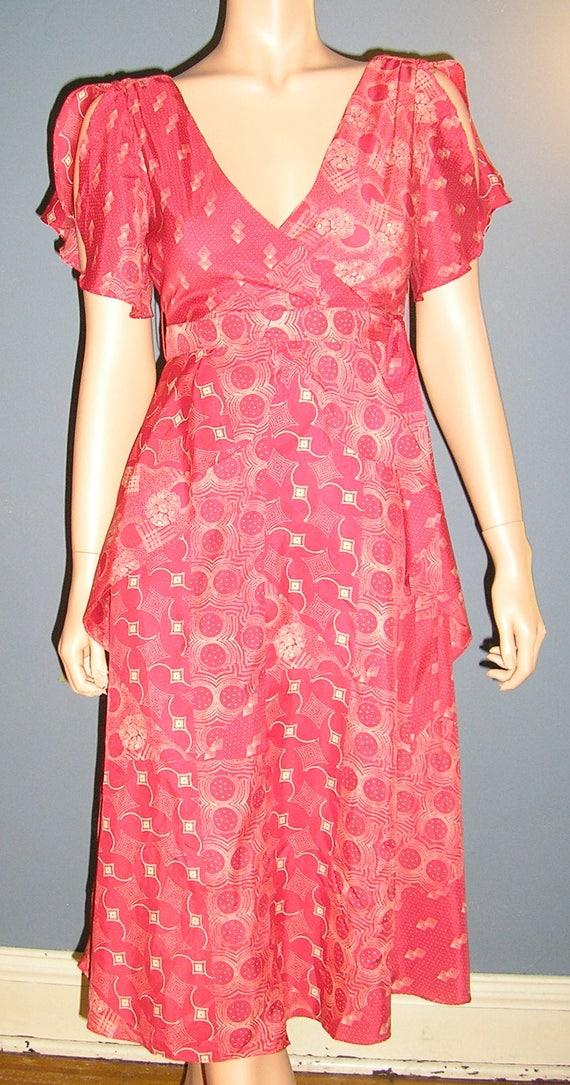 Vintage 70s, 40s style, dress, 40s,  flutter sleev