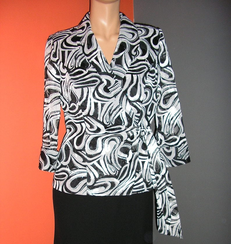 evening jacket wrap front sheer sleeve black blouse gray Alex Evenings geometric size small Vintage 90s white