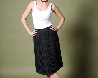70s graphite skirt Pleated midi skirt English wool skirt Black-chalk skirt Minimalist skirt Vintage 70s skirt ICI English Terylene And Wool