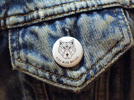 Badges Lucky Dip x4